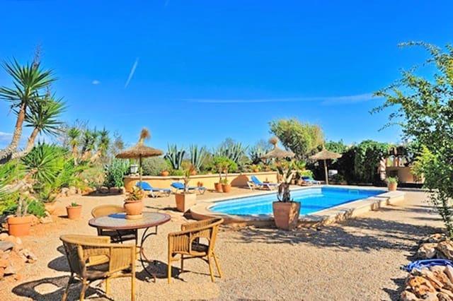 7 quarto Quinta/Casa Rural para venda em Llucmajor com piscina garagem - 890 000 € (Ref: 5384955)