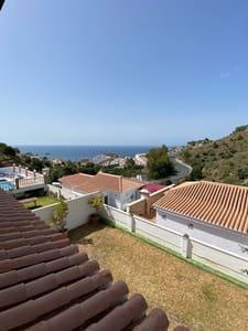 4 slaapkamer Halfvrijstaande villa te huur in Almunecar met garage - € 1.000 (Ref: 5368763)