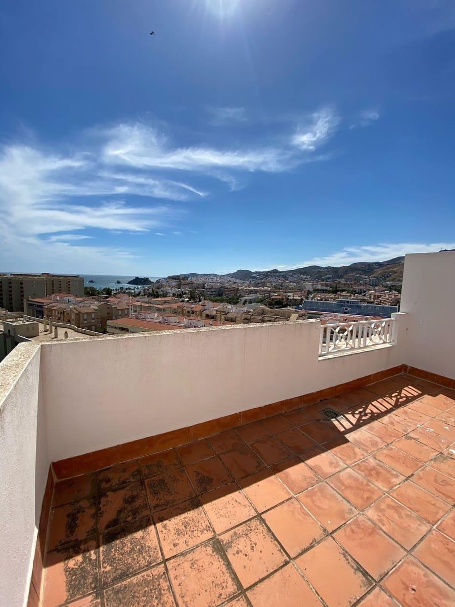 3 slaapkamer Rijtjeshuis te huur in Almunecar met zwembad garage - € 900 (Ref: 5407701)