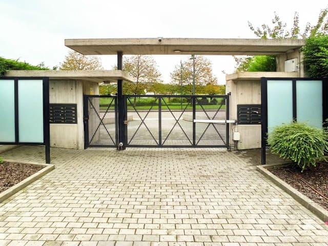 Garage till salu i Gijon - 11 000 € (Ref: 5718478)