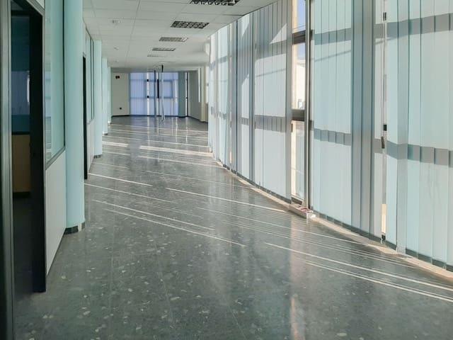Office for sale in Las Palmas de Gran Canaria with garage - € 200,000 (Ref: 6159295)