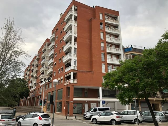 Comercial para venda em Mollet del Valles - 277 150 € (Ref: 6131799)