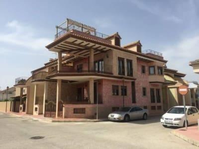 6 sovrum Radhus att hyra i Daya Nueva - 950 € (Ref: 5440125)