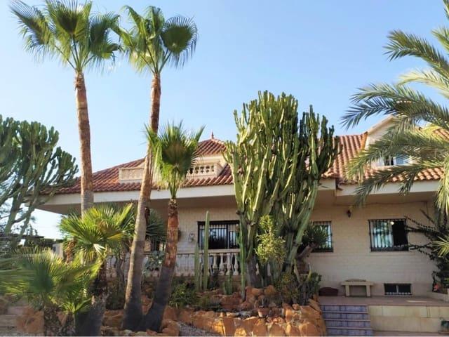 4 slaapkamer Rijtjeshuis te huur in San Vicente / Sant Vicent del Raspeig - € 1.200 (Ref: 5514041)