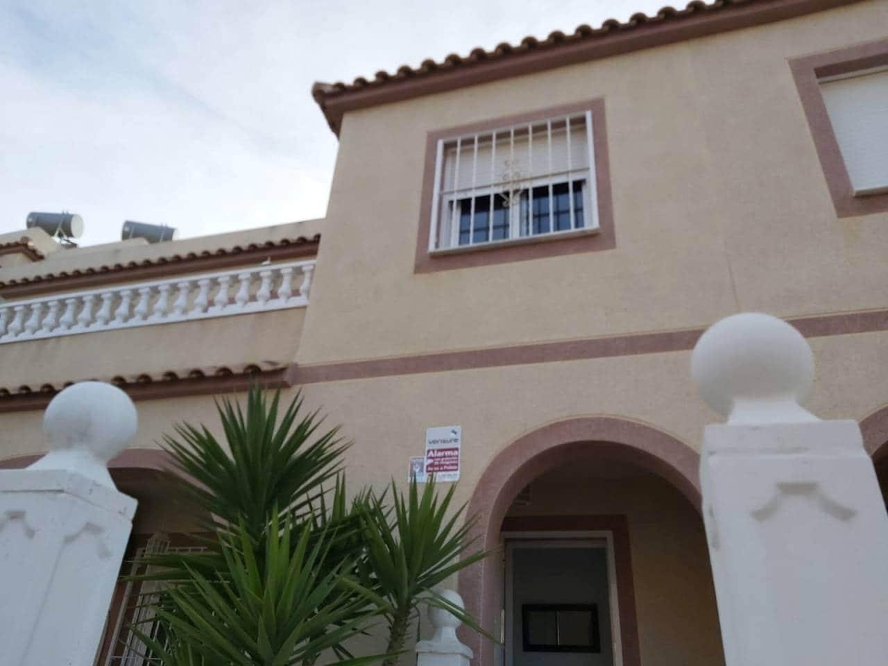 3 soveværelse Byhus til leje i Gran Alacant med swimmingpool - € 700 (Ref: 6042139)