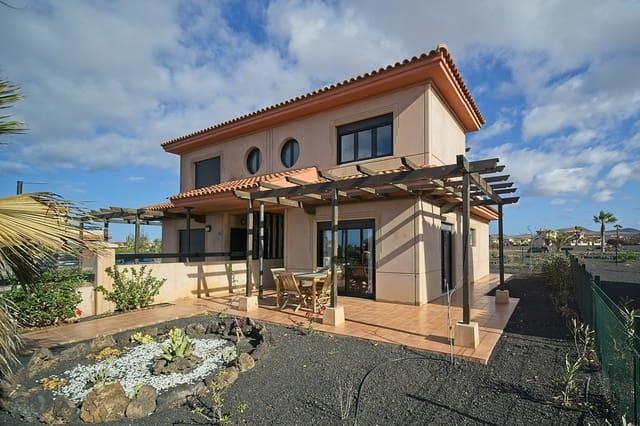2 soveværelse Byhus til salg i Lajares med swimmingpool - € 128.000 (Ref: 6354667)