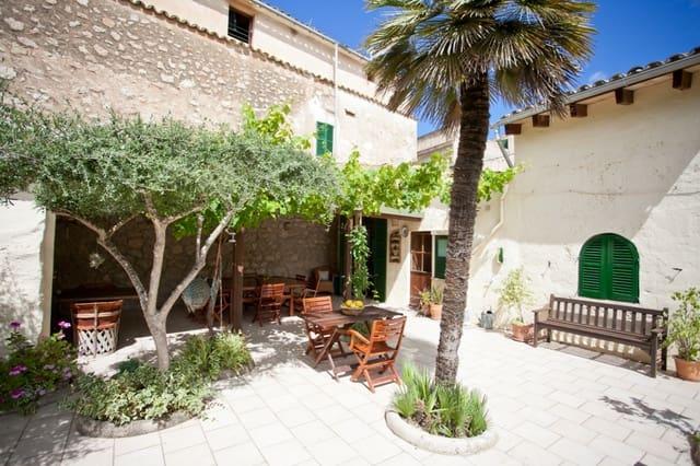 Hotel de 6 habitaciones en L'Arraco / S'Arraco en venta - 1.500.000 € (Ref: 5938254)