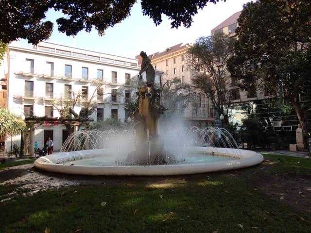 Vind till salu i Alicante stad - 556 000 € (Ref: 5441412)