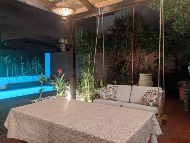 4 slaapkamer Halfvrijstaande villa te koop in Espartinas met zwembad garage - € 210.000 (Ref: 5556205)
