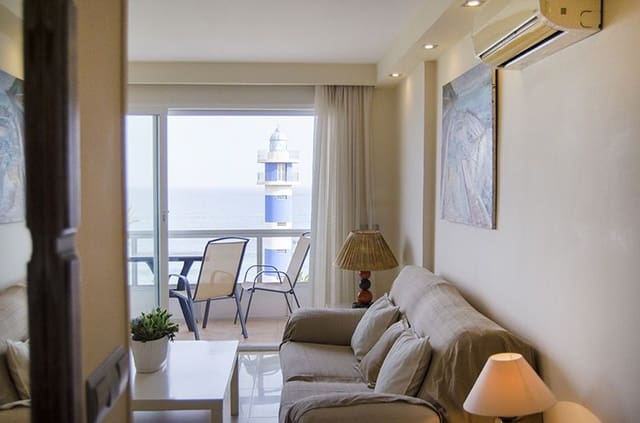 2 Zimmer Ferienstrandapartment in Torre del Mar mit Pool - 100 € (Ref: 5428643)