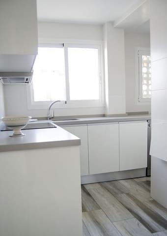 2 sypialnia Apartament przy plaży na kwatery wakacyjne w Torre del Mar z basenem - 100 € (Ref: 5430478)
