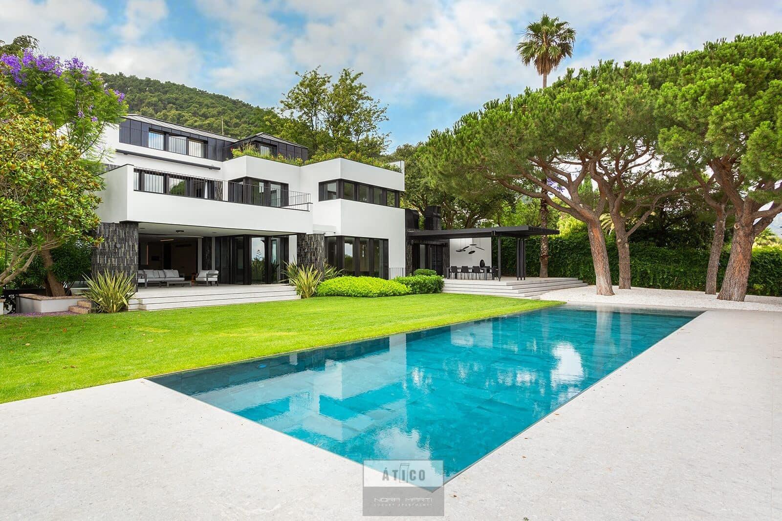 Chalet de 6 habitaciones en Barcelona ciudad en venta - 11.500.000 € (Ref: 5424353)
