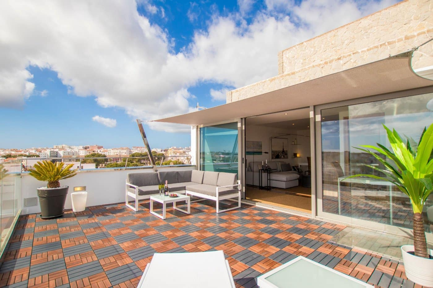 2 bedroom Penthouse for sale in Mahon / Mao - € 375,000 (Ref: 6170572)