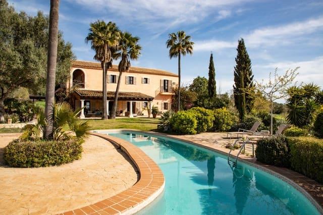 4 bedroom Villa for sale in Sant Joan with pool - € 2,295,000 (Ref: 6170686)