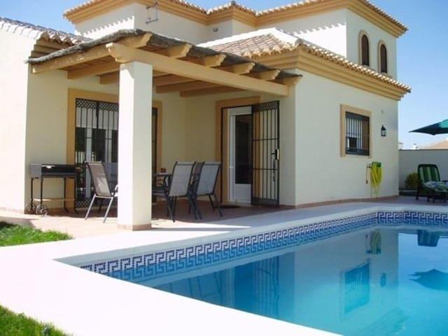 3 bedroom Villa for sale in Arriate with pool garage - € 235,000 (Ref: 5453002)