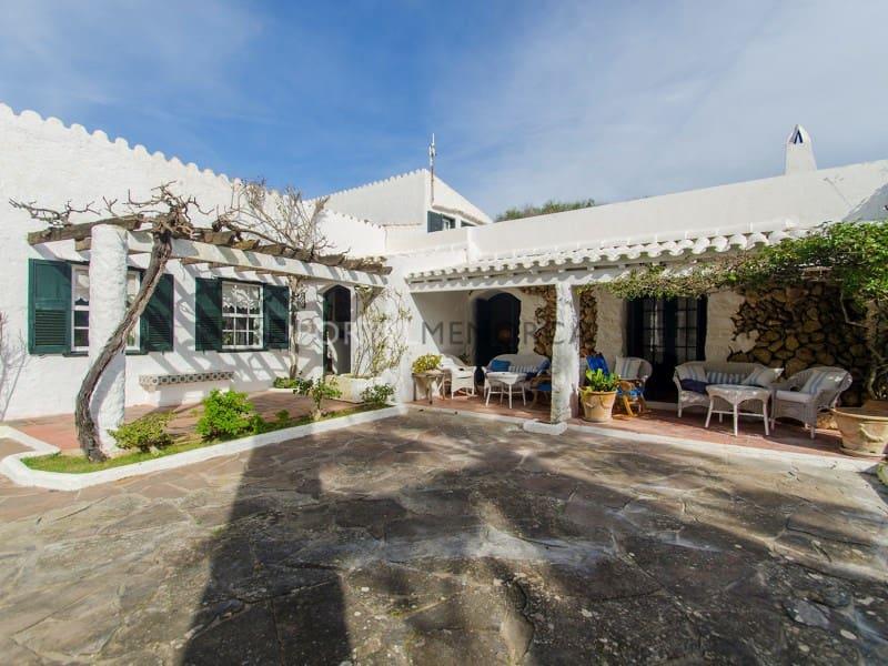 8 soveværelse Finca/Landehus til salg i Mahon / Mao med swimmingpool - € 3.000.000 (Ref: 5452751)