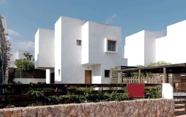 Pareado de 3 habitaciones en Rodalquilar en venta - 275.000 € (Ref: 5440732)