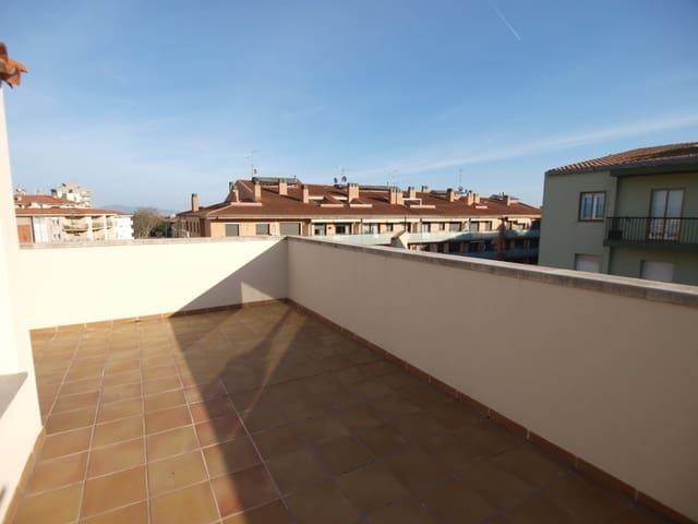 Ático de 3 habitaciones en Figueres en venta - 135.000 € (Ref: 5622037)