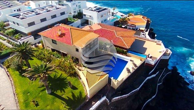 3 bedroom Villa for sale in Santiago del Teide - € 1,500,000 (Ref: 5943407)
