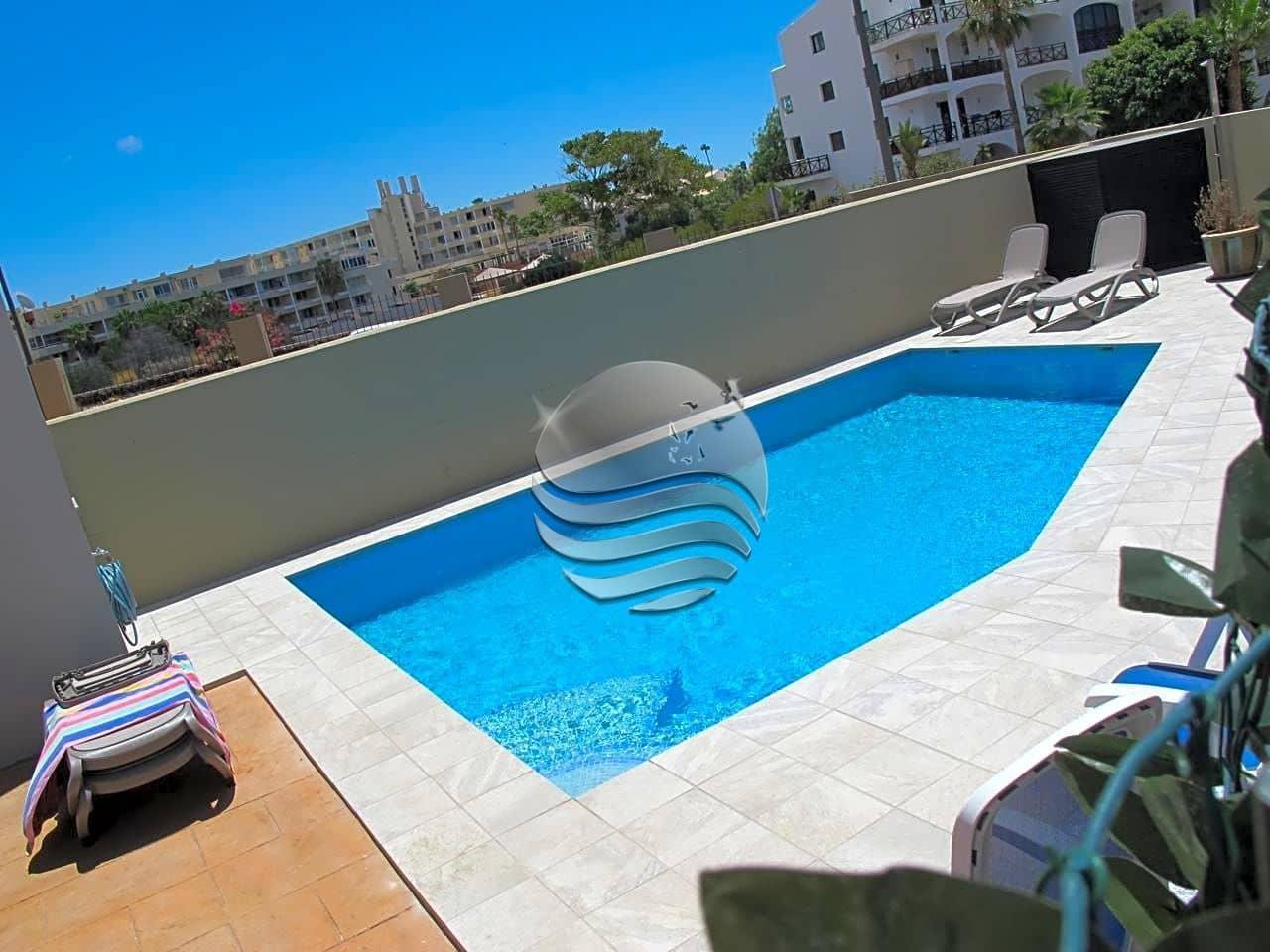 Chalet de 3 habitaciones en San Miguel de Abona en venta - 325.000 € (Ref: 5943542)