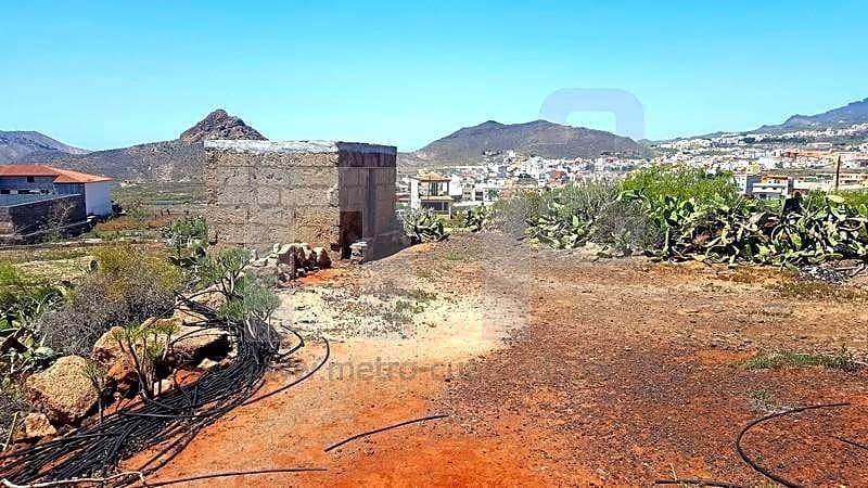 Grunde uden byggetilladelser til salg i Buzanada - € 165.000 (Ref: 5943611)