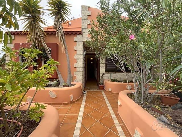 5 makuuhuone Huvila myytävänä paikassa Granadilla de Abona mukana uima-altaan - 395 000 € (Ref: 5964300)