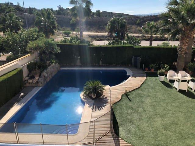 Chalet de 5 habitaciones en Altorreal en venta con piscina garaje - 600.000 € (Ref: 5787145)