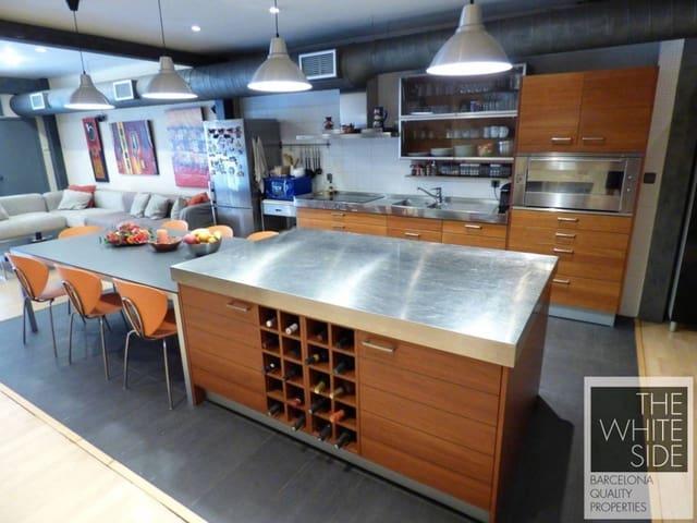 Kommersiell til salgs i Badalona - € 215 000 (Ref: 5718597)