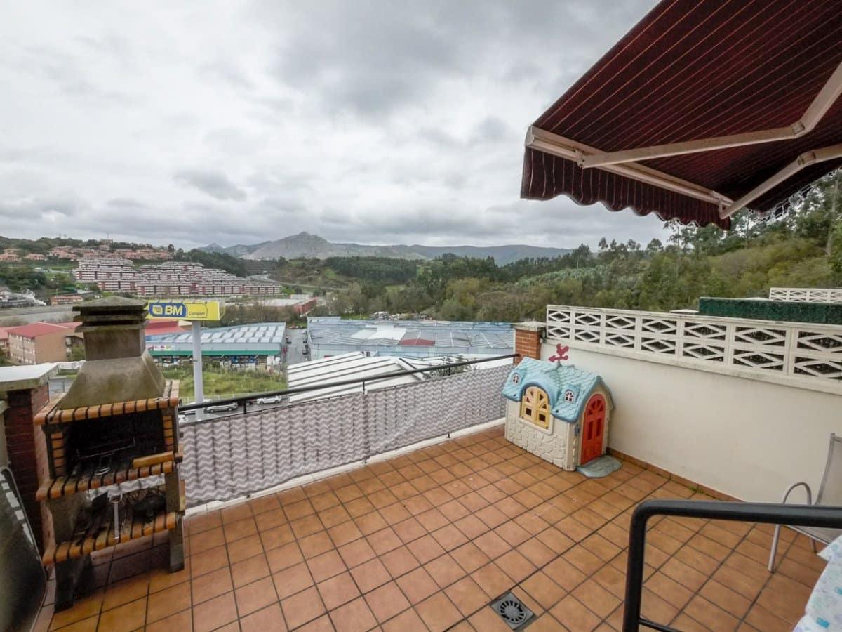4 chambre Villa/Maison Mitoyenne à vendre à Castro-Urdiales avec garage - 320 000 € (Ref: 5509123)