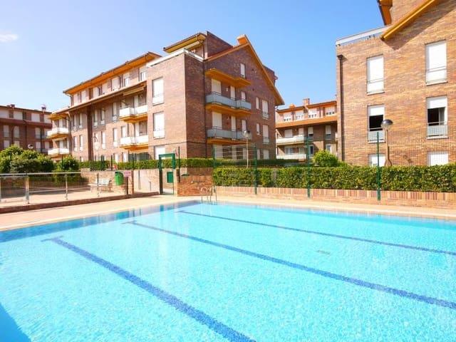 2 sypialnia Mieszkanie na kwatery wakacyjne w Isla z basenem garażem - 798 € (Ref: 5509127)