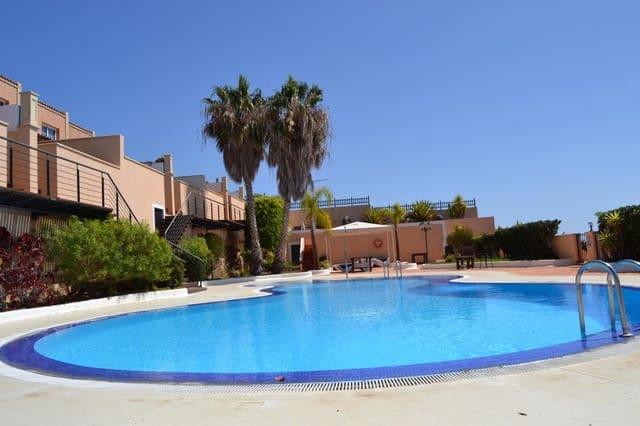 3 chambre Villa/Maison Mitoyenne à vendre à El Rosario avec piscine garage - 320 000 € (Ref: 5586292)