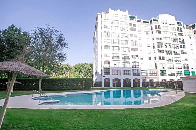 3 quarto Apartamento para venda em Sevilha cidade com piscina - 198 000 € (Ref: 6102008)