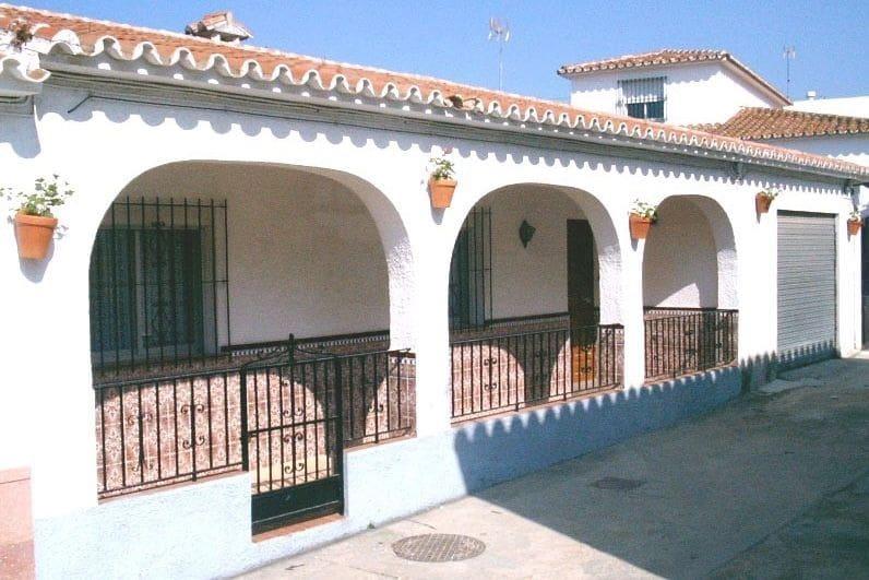 Casa de 7 habitaciones en Carratraca en venta con garaje - 149.950 € (Ref: 5531601)