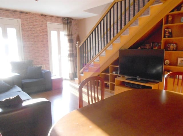 4 chambre Appartement à vendre à Santa Margarida i els Monjos - 145 000 € (Ref: 5547911)
