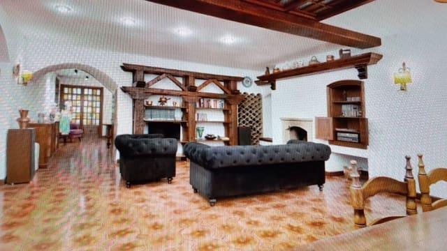 5 slaapkamer Villa te huur in L'Arboc - € 1.500 (Ref: 5548561)