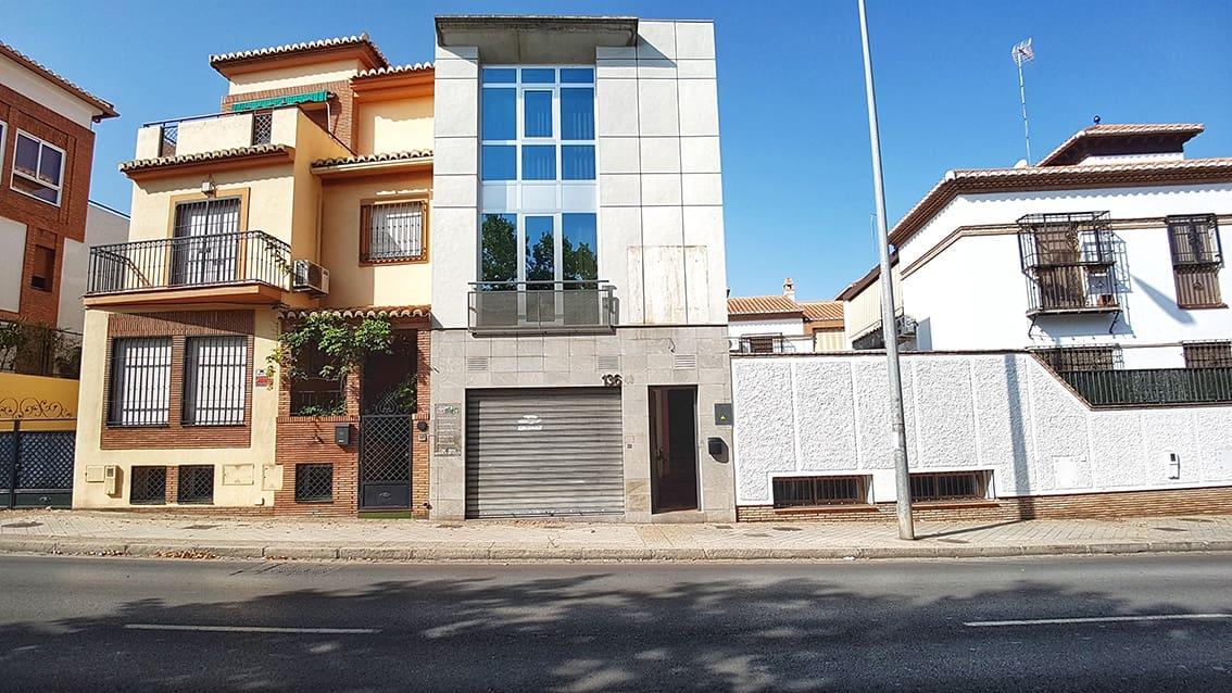 Kommersiell till salu i Granada stad - 270 000 € (Ref: 5625113)