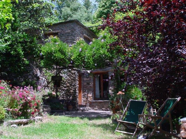 Casa de 7 habitaciones en Pampaneira en venta con piscina - 495.000 € (Ref: 5656085)