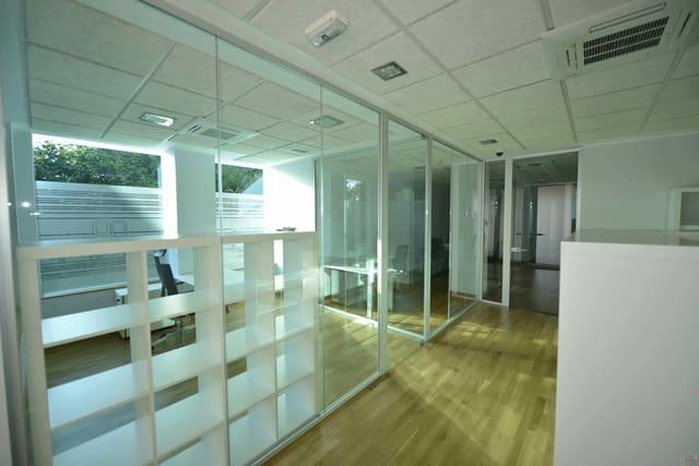 5 bedroom Commercial for sale in El Astillero - € 435,249 (Ref: 5640029)