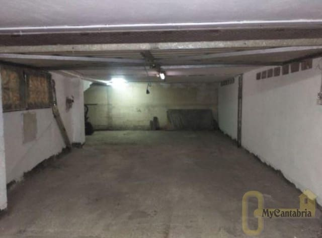 Garaż na sprzedaż w El Astillero - 43 000 € (Ref: 5640056)