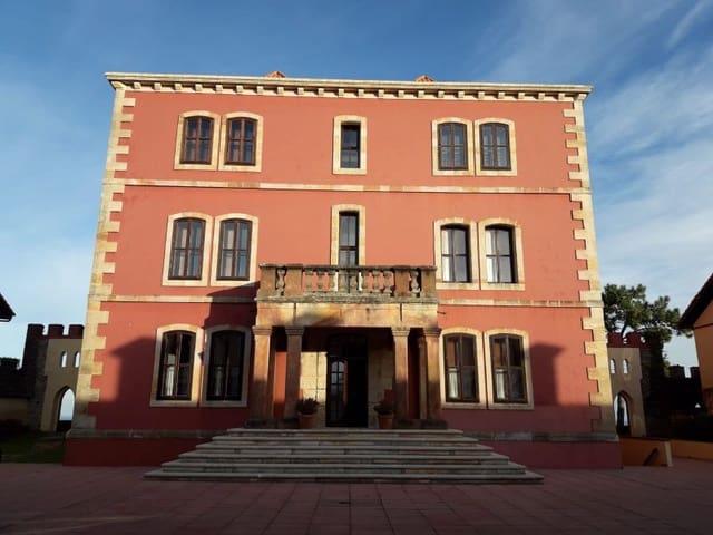 5 sypialnia Mieszkanie na sprzedaż w Comillas z basenem garażem - 650 000 € (Ref: 5640122)