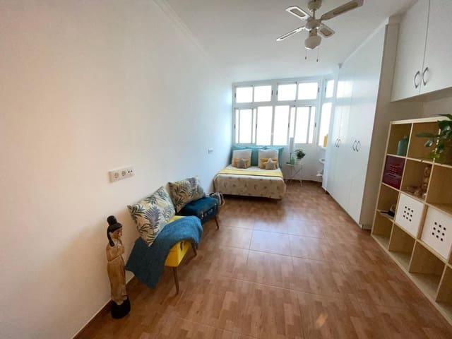 Loft for sale in Las Palmas de Gran Canaria - € 126,420 (Ref: 5879398)