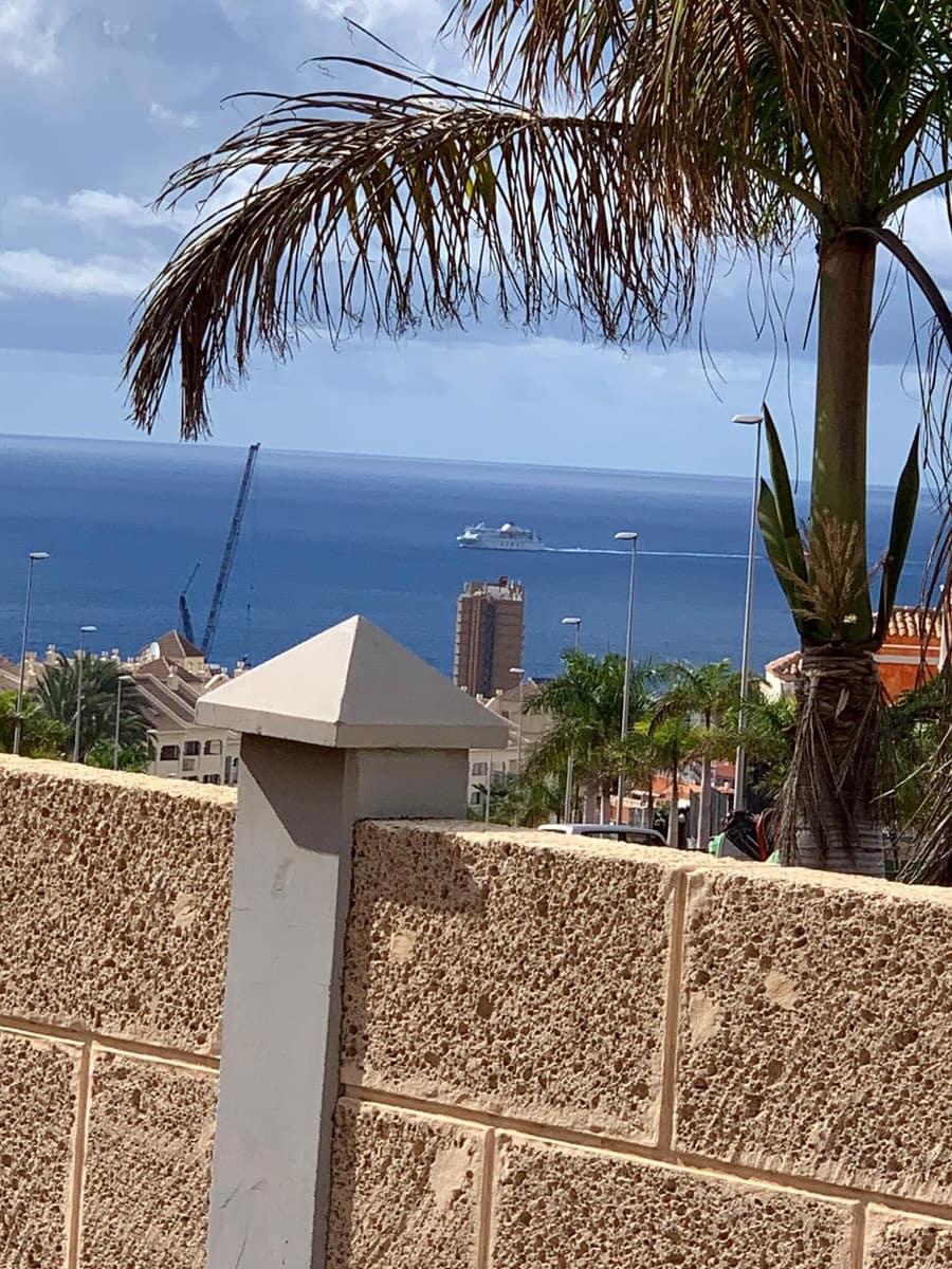 4 bedroom Villa for sale in Los Cristianos - € 525,000 (Ref: 6326407)