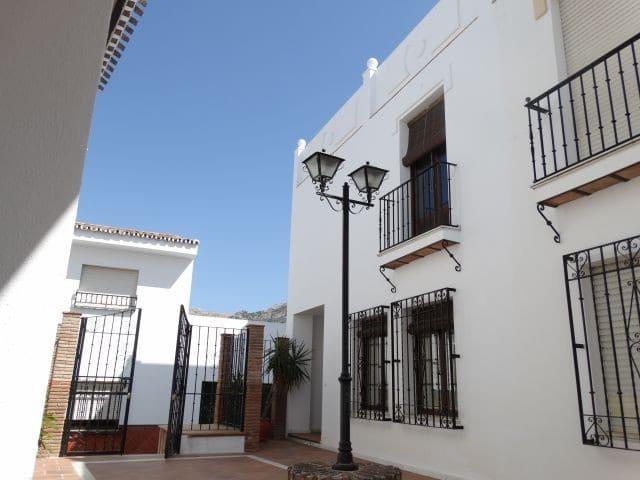 3 soverom Rekkehus til salgs i Villanueva del Rosario med garasje - € 179 000 (Ref: 5632942)