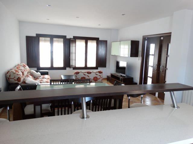 3 sypialnia Dom szeregowy na sprzedaż w Villanueva del Rosario z garażem - 179 000 € (Ref: 5632942)