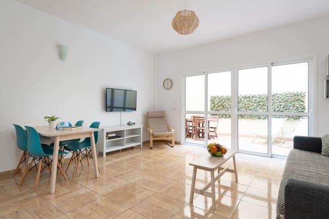 2 slaapkamer Appartement te huur in El Cotillo - € 975 (Ref: 5625371)