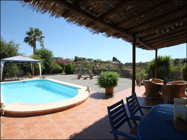 3 bedroom Villa for sale in Cantoria with pool garage - € 155,000 (Ref: 5649714)