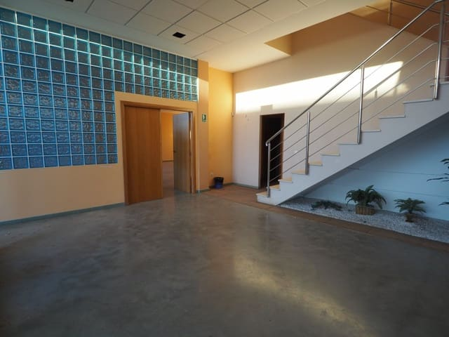 Business for sale in Paterna - € 800,000 (Ref: 6191756)