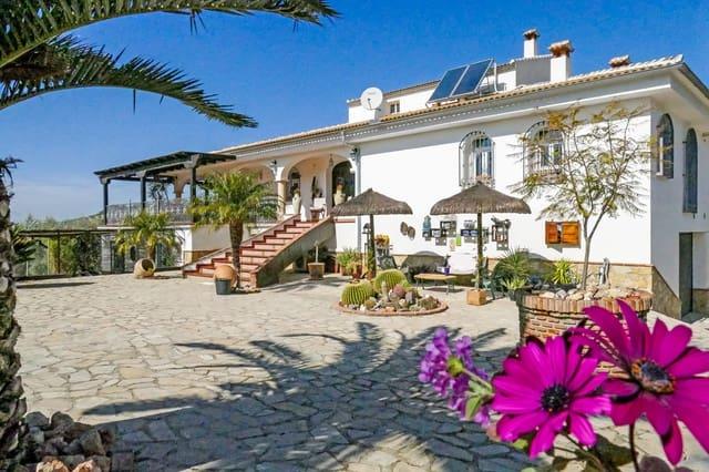 5 Zimmer Villa zu verkaufen in Iznajar mit Pool - 669.000 € (Ref: 5675269)