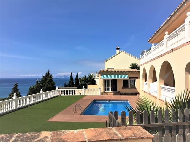 7 soveværelse Villa til salg i Manilva med swimmingpool - € 1.195.000 (Ref: 6108543)