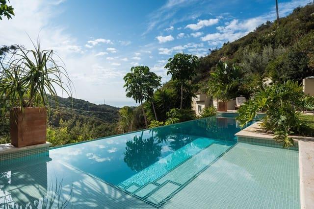 4 sypialnia Willa do wynajęcia w Los Monteros z basenem - 5 500 € (Ref: 5854553)